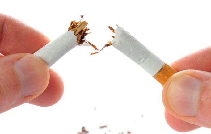 50 năm hút thuốc lá, cai thuốc lá được chỉ bằng một chai boni smok
