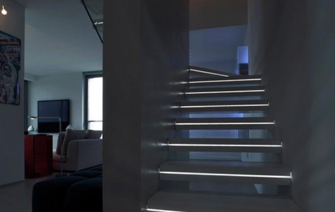 Bí quyết chiếu sáng cầu thang đẹp ngỡ ngàng