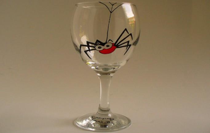 Định giá trị nhà bạn bởi những chiếc ly rượu vang được vẽ tay vô cùng khéo léo (P2)