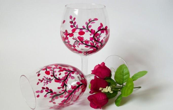 Đưa thêm giá trị vào nhà bạn bởi những chiếc ly rượu vang được vẽ tay cực đẹp (P1)