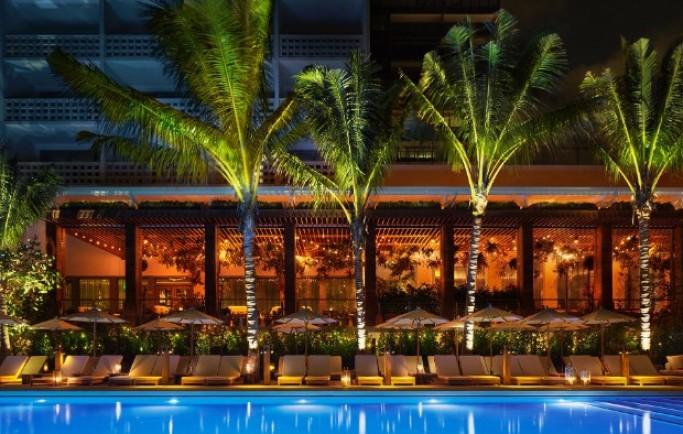 """""""Kích thích"""" cảm hứng với khách sạn bên bãi biển Miami đương đại thanh lịch"""