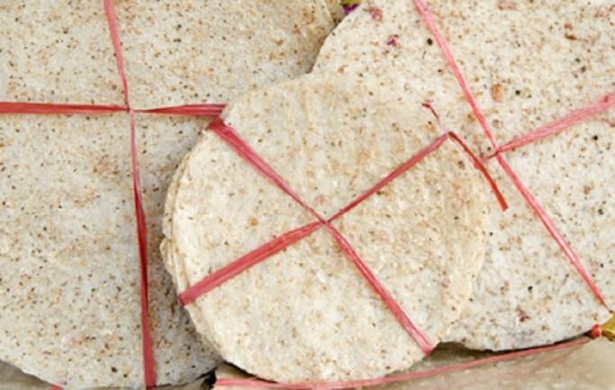Ở đâu nhận gửi bánh tráng nước dừa đi trung quốc?