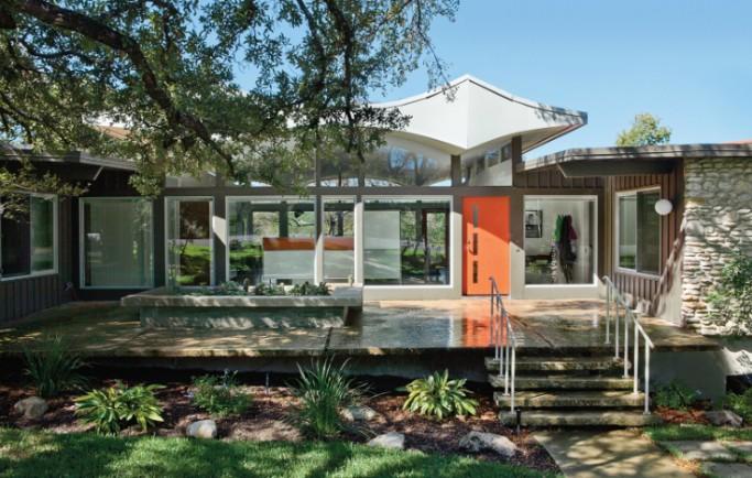 Tái tạo hiện đại trong ngôi nhà mang biểu tượng tuyệt vời ở Austin thuộc bang Texas