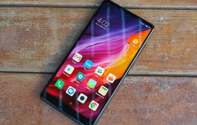 Trên tay flaship Xiaomi Mi Mix 2 không viền, siêu mỏng, cấu hình khủng