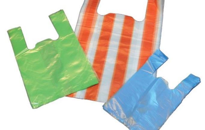Vận chuyển số lượng lớn túi nilon trong nội thành
