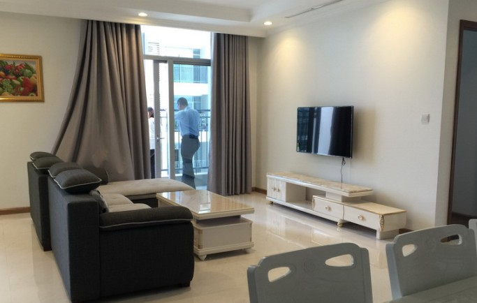 Vinhomes Central Park apartment for rent 4 pngủ nội thất đẹp giá 1800$