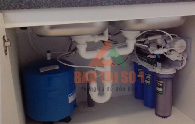 Thay lõi máy lọc nước kangaroo tại nhà chính hãng. 0988 230 233